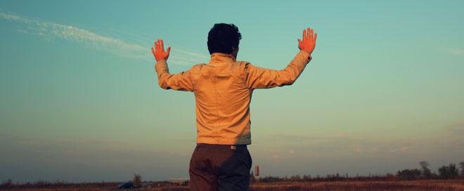 cum-il-ajuta-rugaciunea